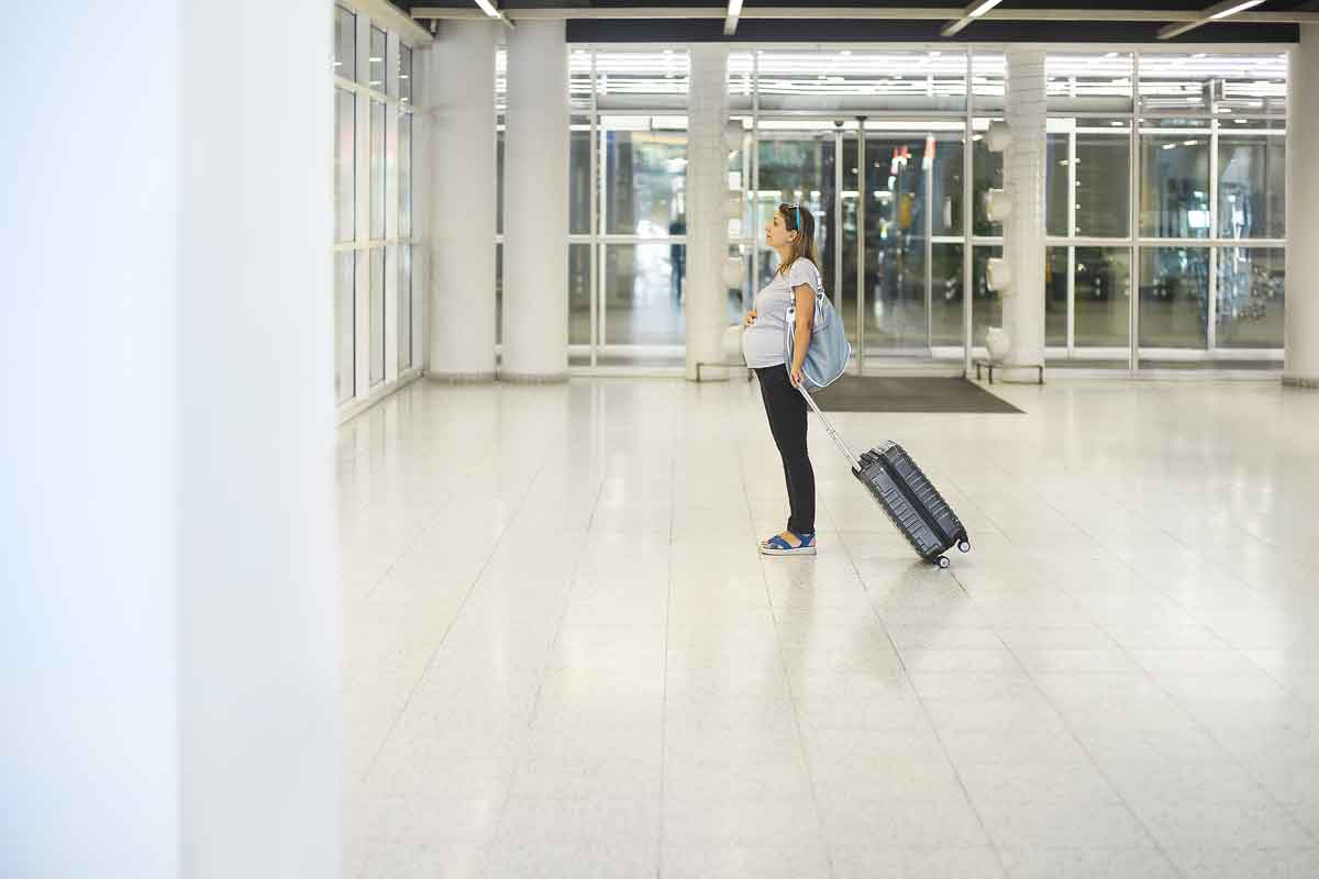 airport pregnant